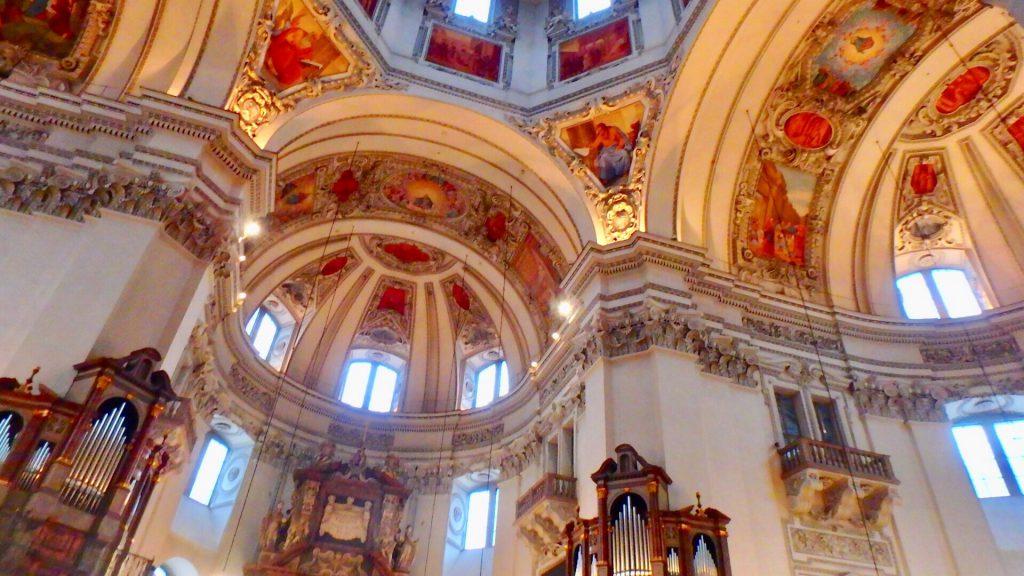 ザルツブルグで一番おすすめの美しい教会
