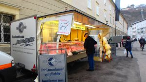 ザルツブルグの朝市 お肉やさん