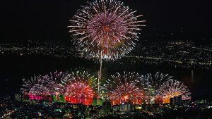 お盆のおすすめ国内旅行 諏訪湖の花火大会