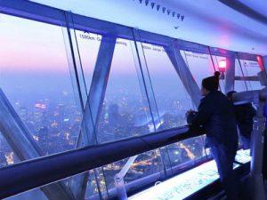 上海テレビ塔 オリエンタルパールタワー 263mの展望台