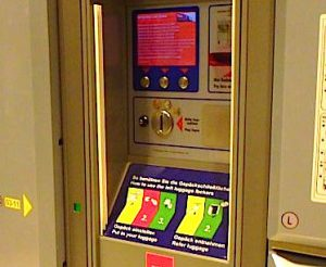 ザルツブルク中央駅のクローク 荷物預かり所