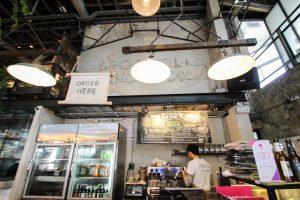 バンコクのおすすめカフェ Broccoli Revolution