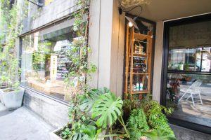 バンコクのお洒落カフェ Broccoli Revolution