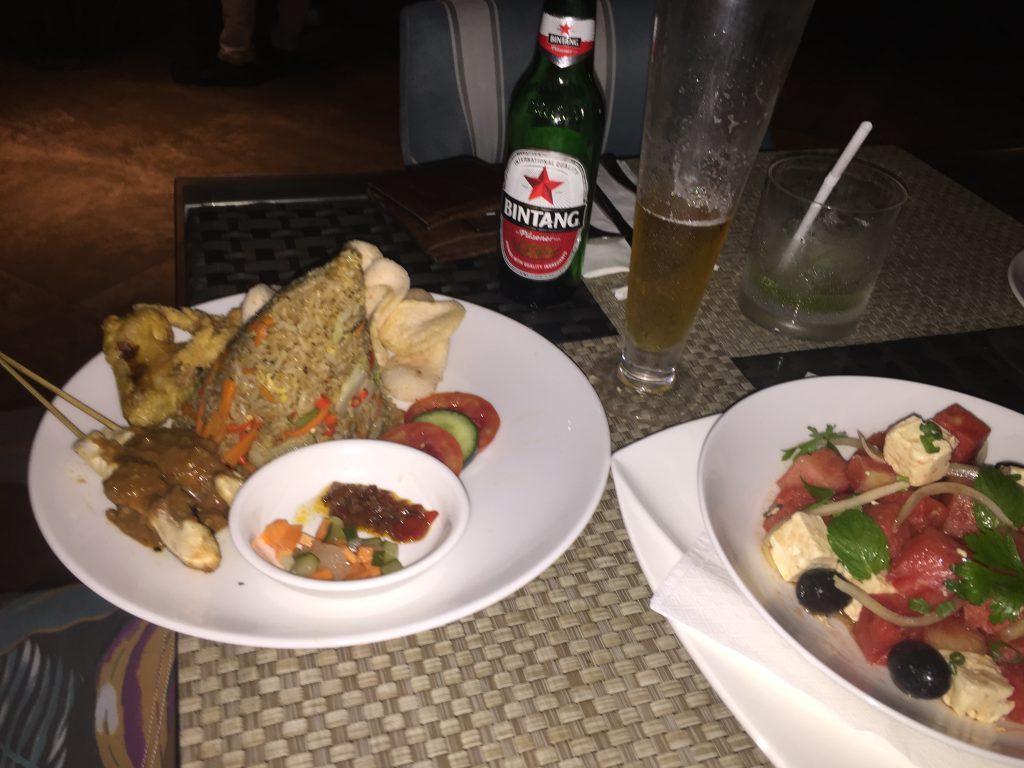 バリ島ですごく美味しかった料理 スイカのサラダ