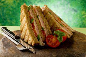 イギリスの美味しい料理 サンドイッチ クラブサンド