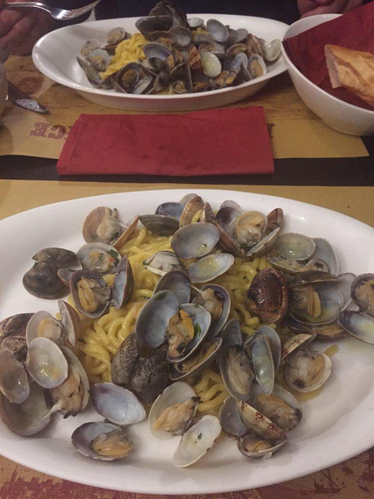 ベネチアでパスタが美味しいレストラン ボンゴレ