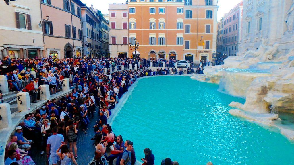 海外旅行 想像と違った観光スポット イタリア トレヴィの泉
