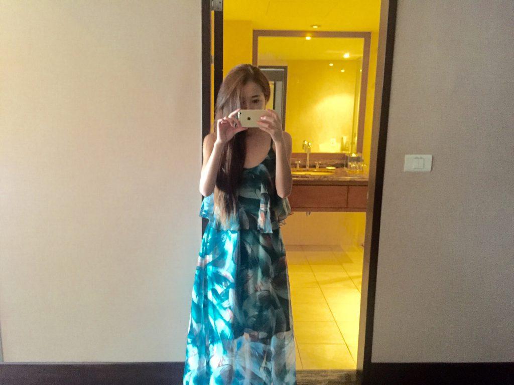 バリ島旅行の女子の服装 ロングワンピース