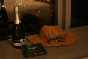 夏の香港旅行の服装 帽子とサングラスが必需品