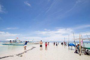 フィリピンの離島でマリンアクティビティ