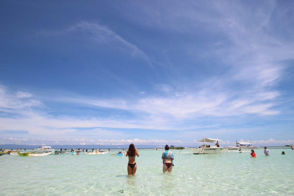 フィリピンでのアイランドホッピングがおすすめ