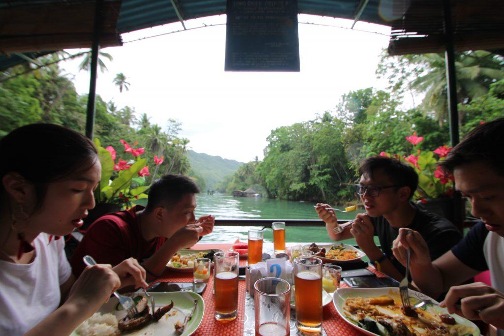 フィリピンのボホール島 ランチクルーズ