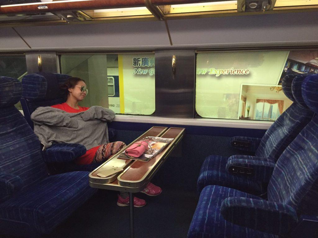 中国本土 広州へ行く時の服装 香港から電車旅