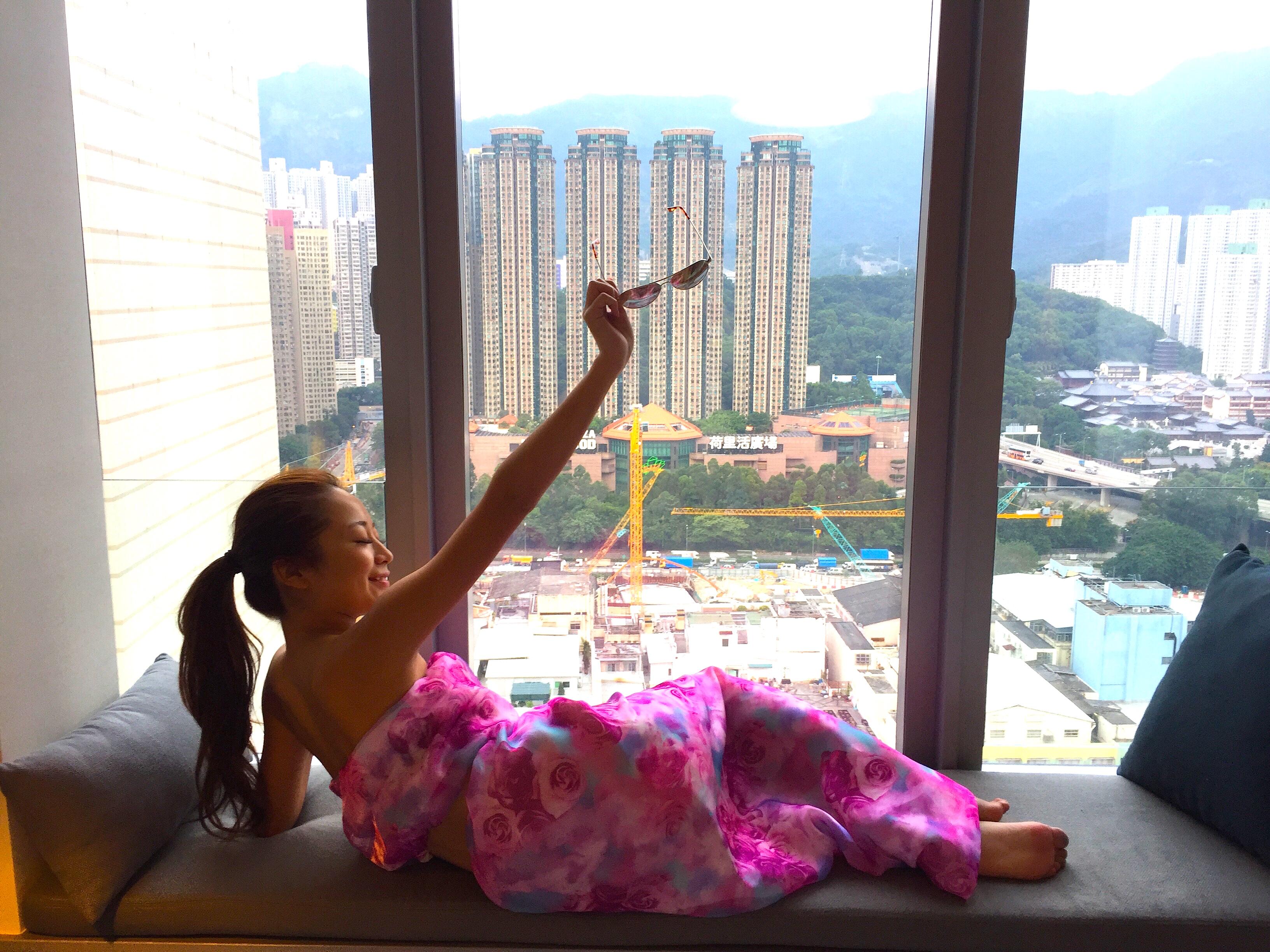 女子の香港旅行の服装 ワンピース