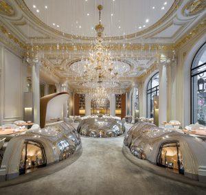 パリの三ツ星レストラン アラン デュカス オ プラザ アテネ