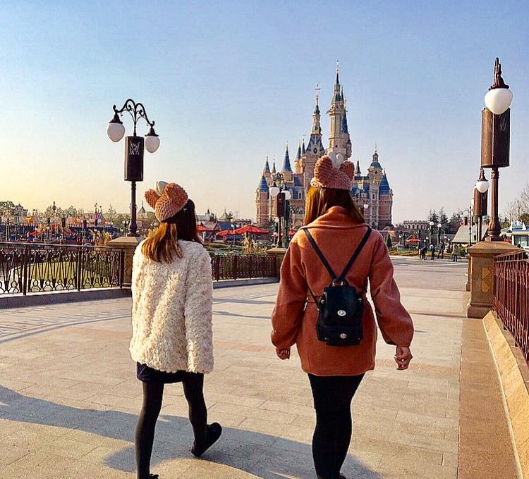 上海旅行 服装 女子