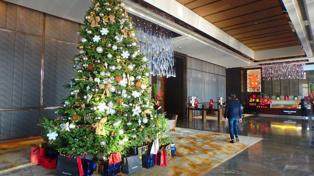 香港リッツカールトン クリスマスツリー
