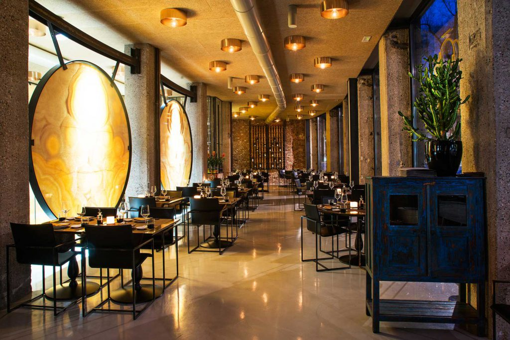 ミラノ 高級中華 レストラン Gong Oriental Attitude