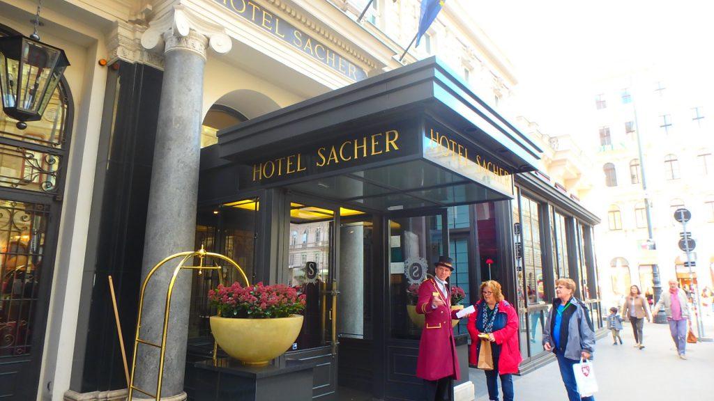 ウィーンの高級五つ星ホテル ザッハー Sacher