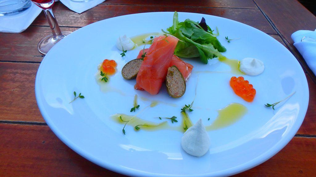 プラハ 旧市街 おすすめのレストラン サーモンが美味しい