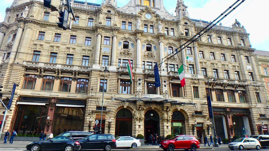 ハンガリーの高級ホテル ニューヨーク パレス