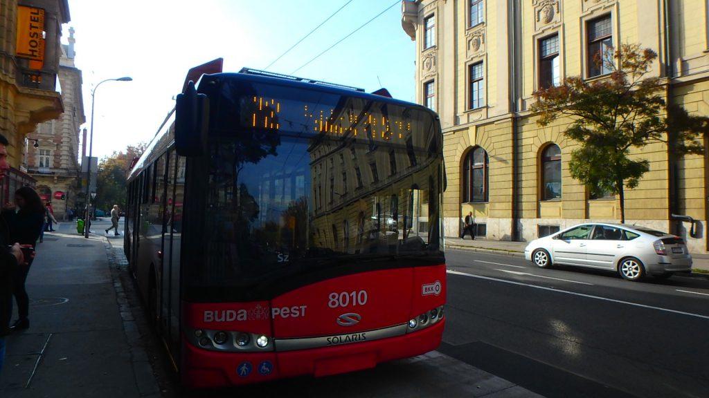 ハンガリー グンデルへの行き方 72番系統のバス