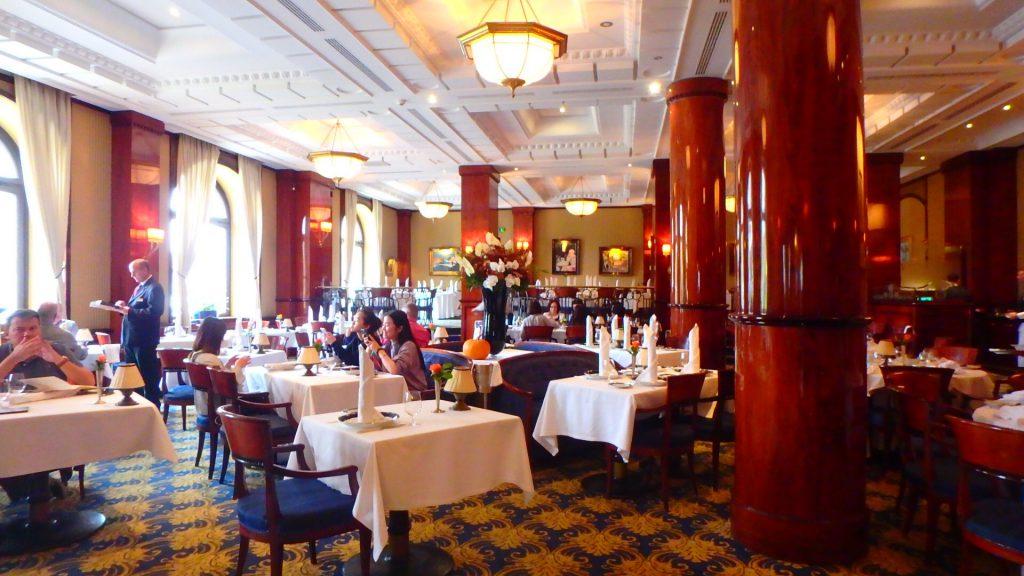 ハンガリーの高級レストラン グンデル Gundel