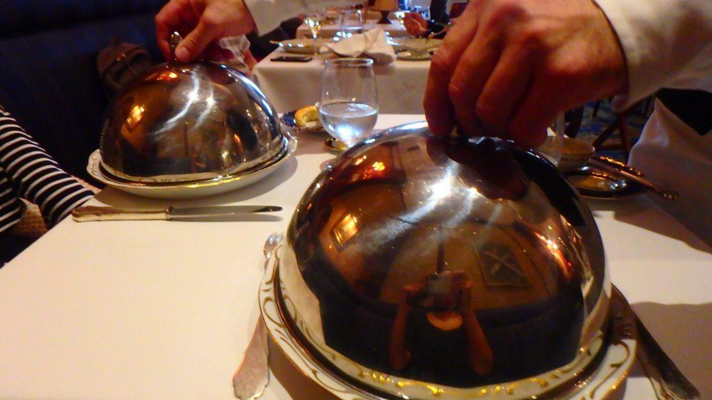 ハンガリーの高級レストラン Gundel お洒落