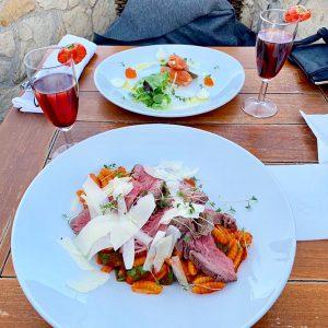 プラハ おすすめのレストラン パスタとお肉が美味しい