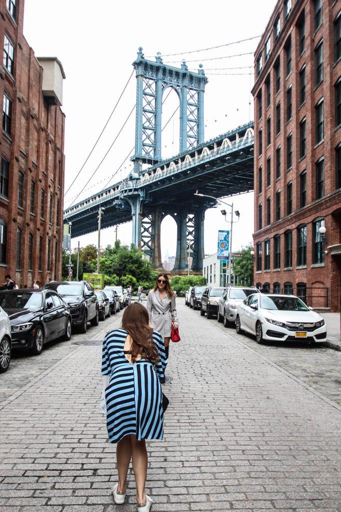 ニューヨーク DUMBOから見えるブルックリン橋