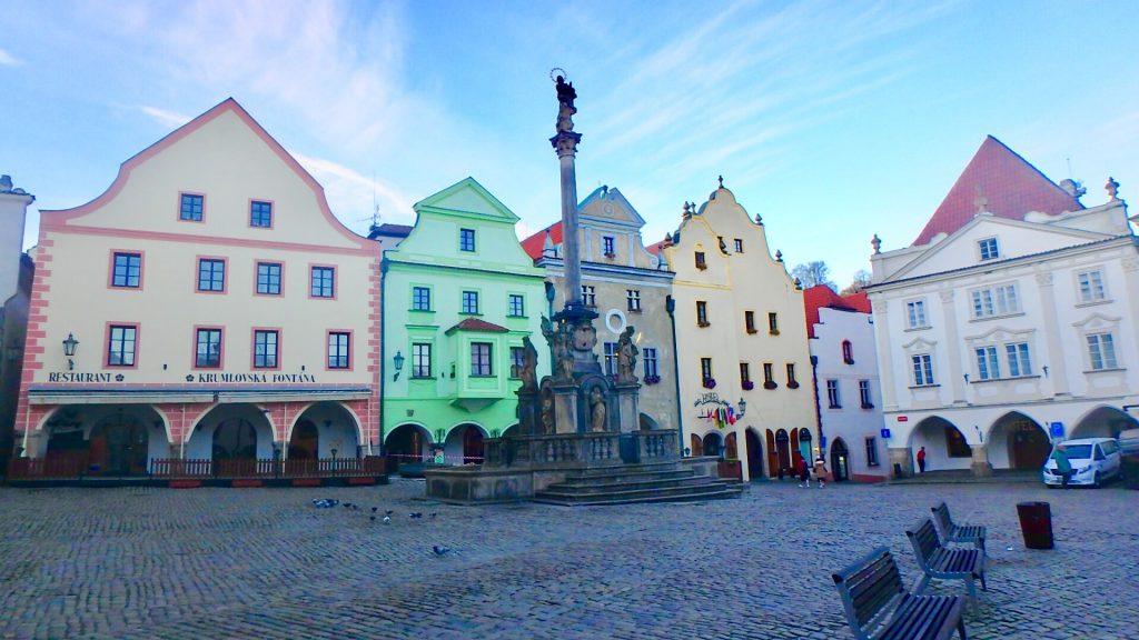 チェスキークルムロフ 広場 市庁舎