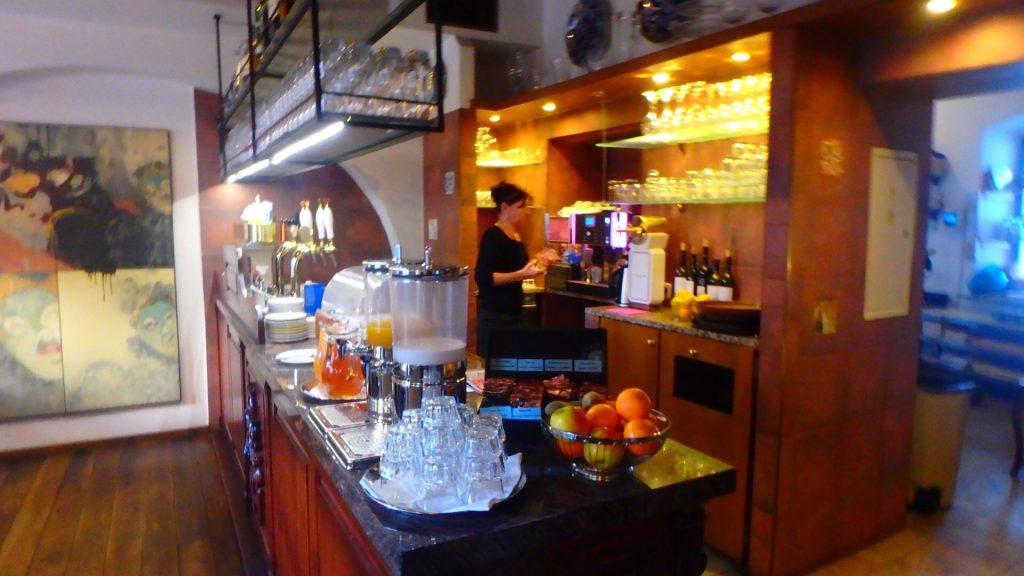 チェスキークルムロフ ホテルコンヴィツェの朝食