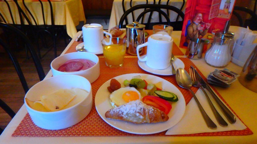 チェスキークルムロフ 朝食