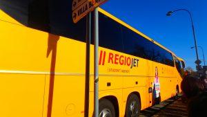 チェスキークルムロフからプラハへ バス移動