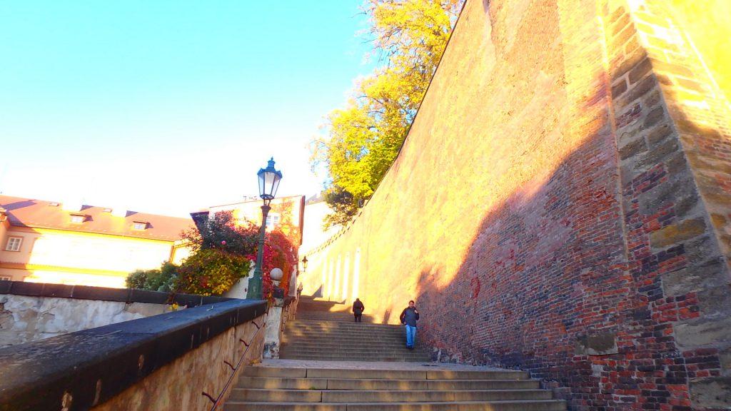 プラハ 観光スポットに近いホテル
