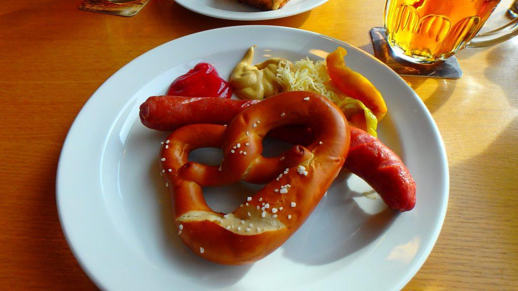 プラハの空港内レストラン ドイツ料理