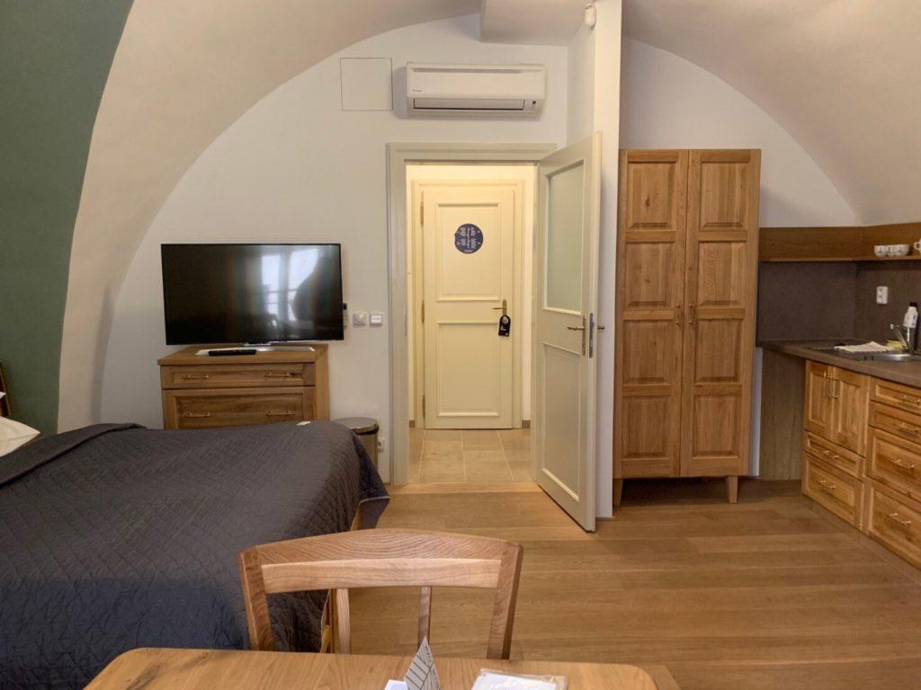 プラハ Blue Oak ホテル ブログ