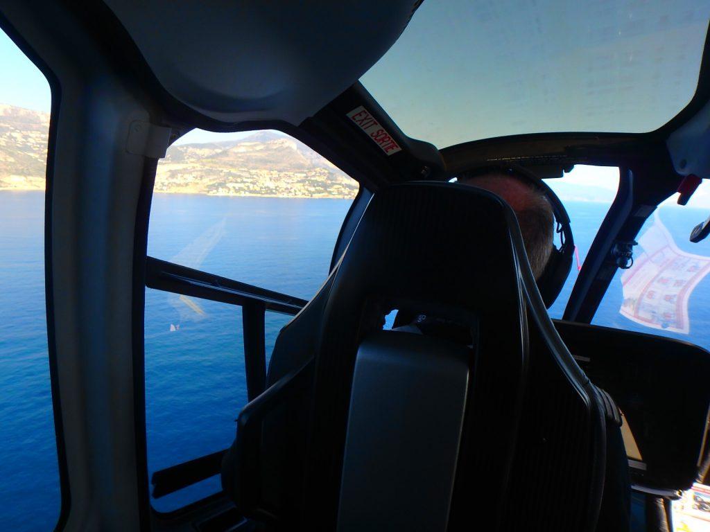 モナコへの行き方 空路