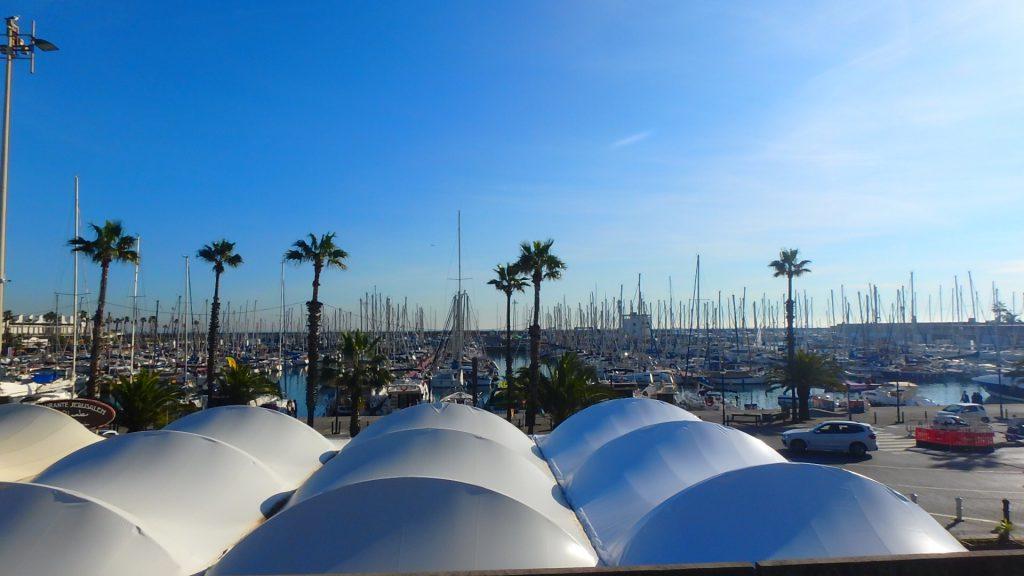 バルセロナの港町 バルセロネータ