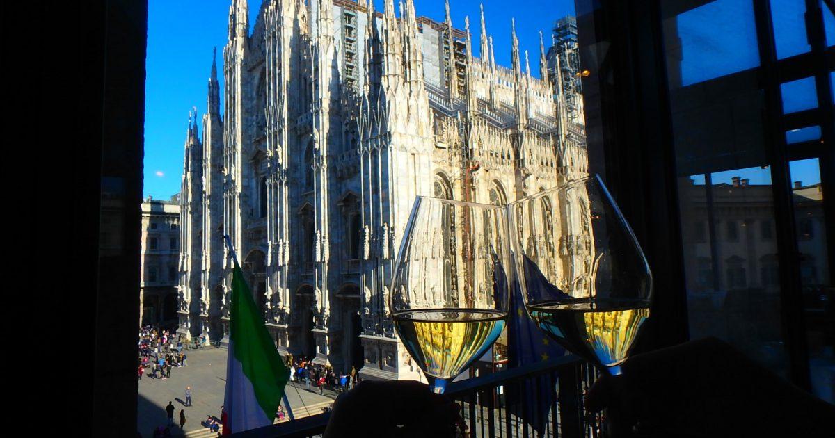 ミラノ ドゥオモが見えるレストラン