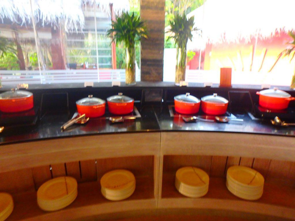 モルディブ アナンタラディグの朝食 カレー
