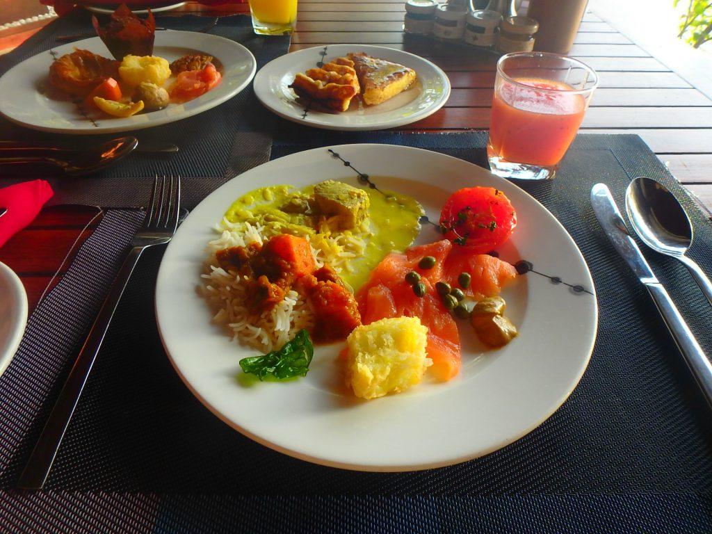 モルディブでの朝食 ビュッフェ ブログ