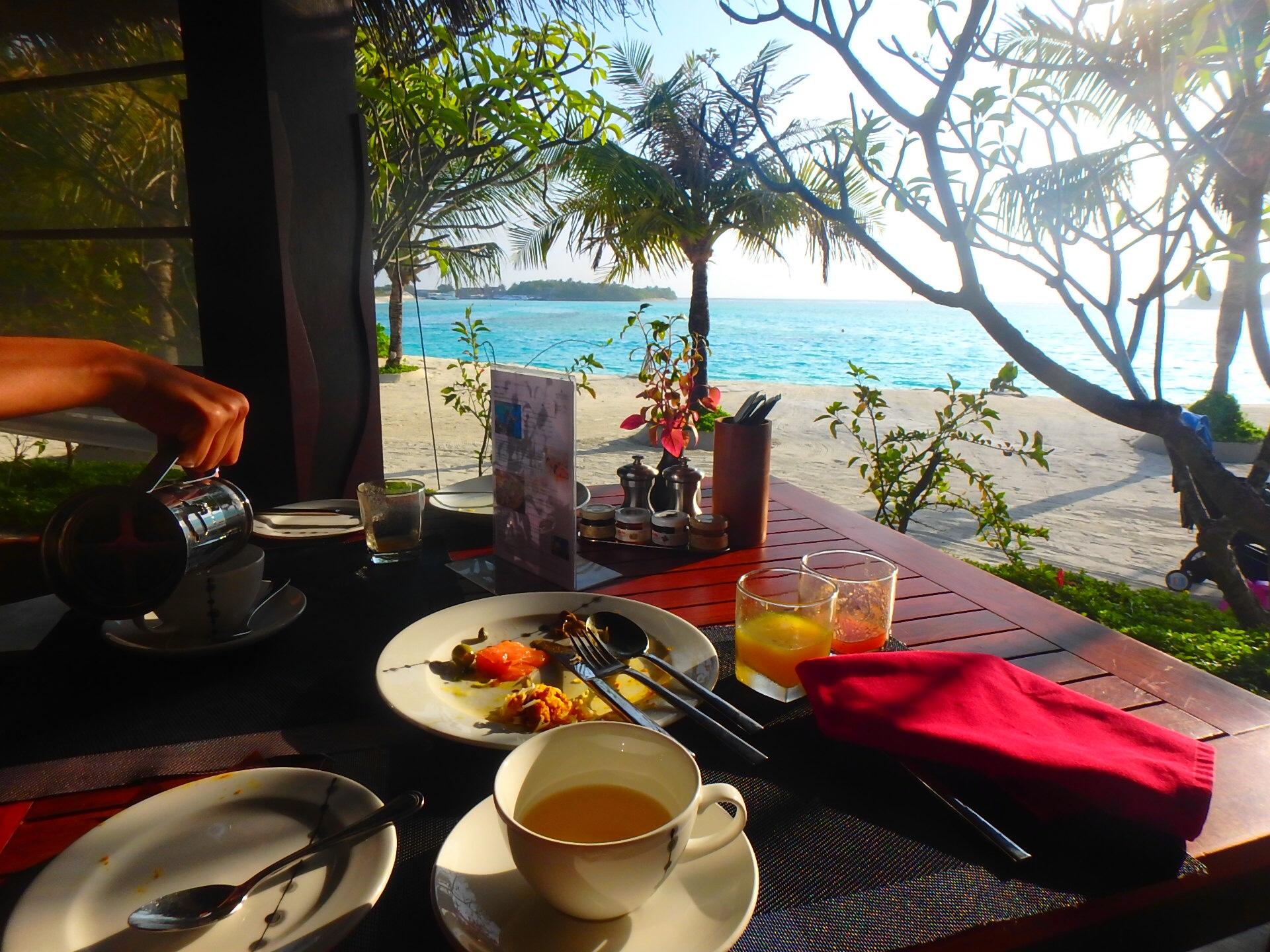 モルディブ アナンタラディグの朝食