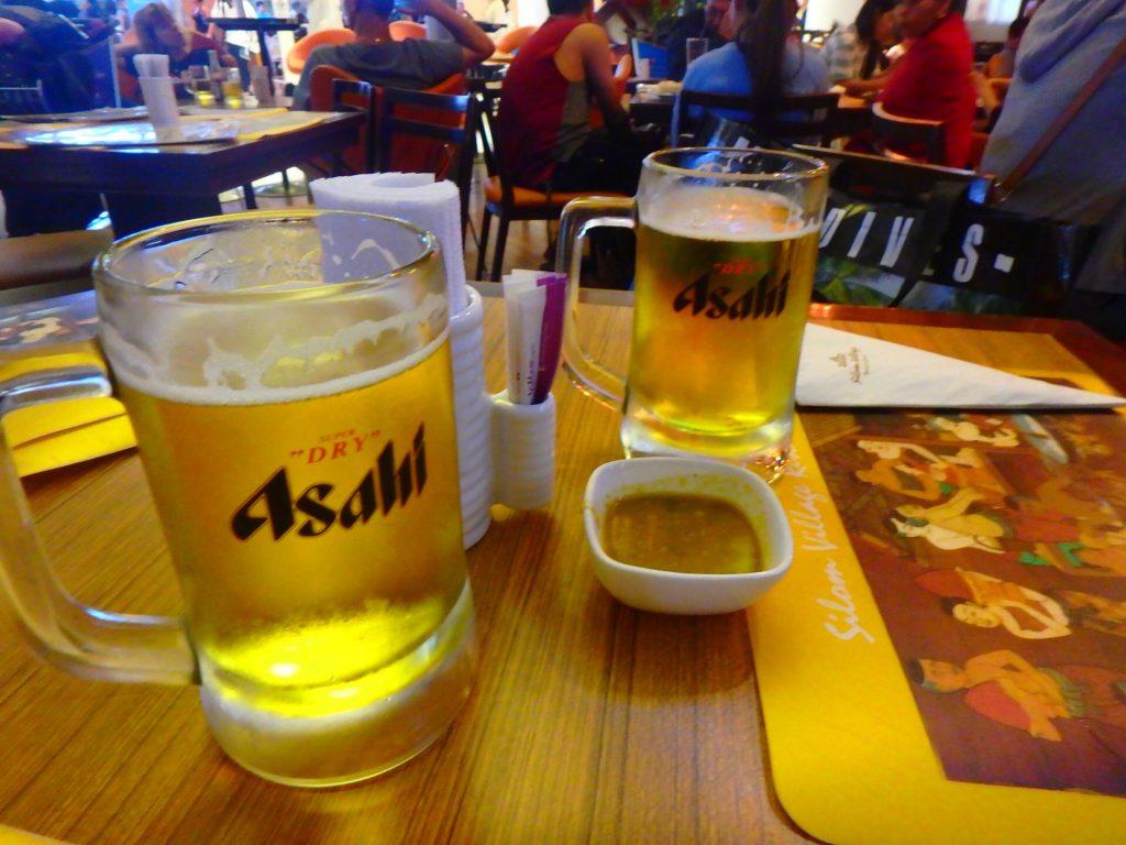 バンコク・スワンナプーム空港でシンハービール