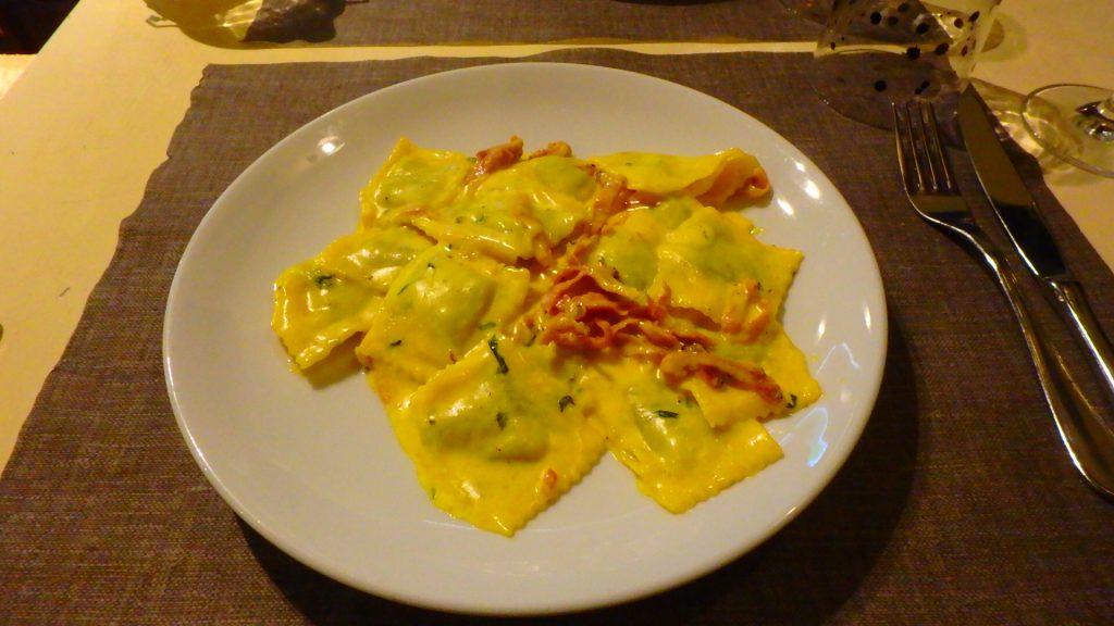 ミラノのパスタが美味しいレストラン ランチ ラビオリ