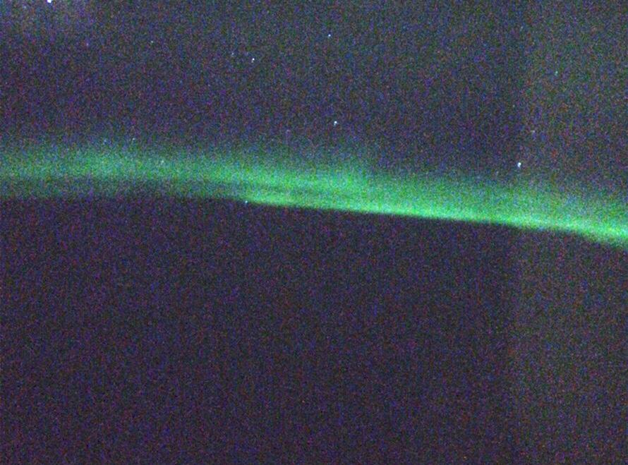 飛行機内から見たオーロラ ANA