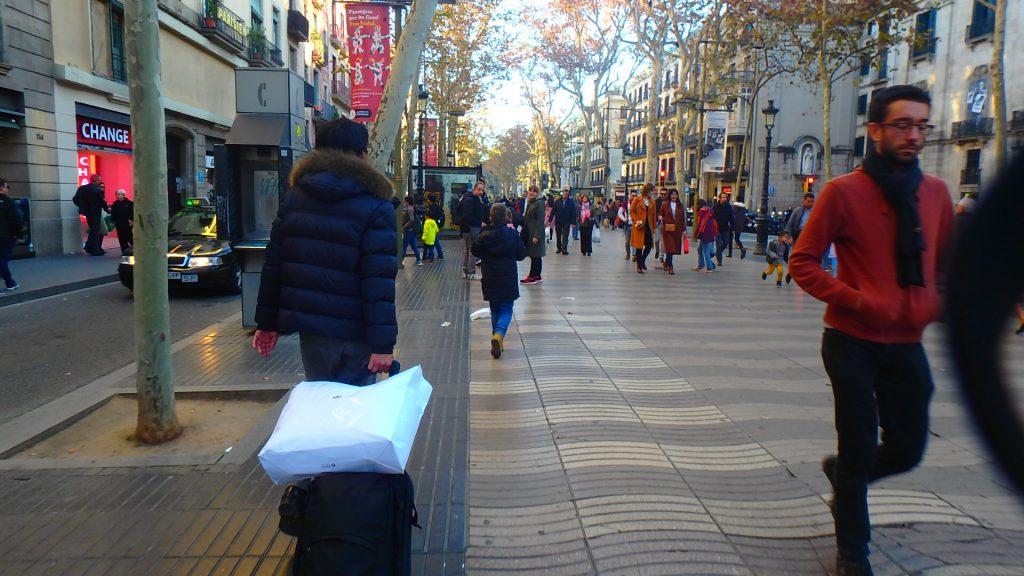 バルセロナ 市内 道路 地面