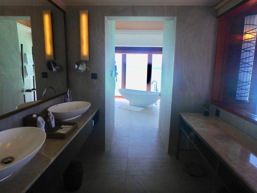 モルディブのホテル バスルーム