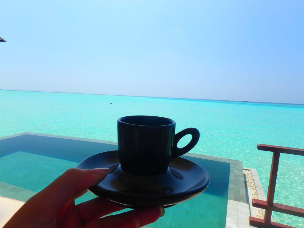 モルディブの水上コテージ ブログ