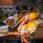 モルディブの美味しいシーフード&BBQレストランでディナー。ロブスター